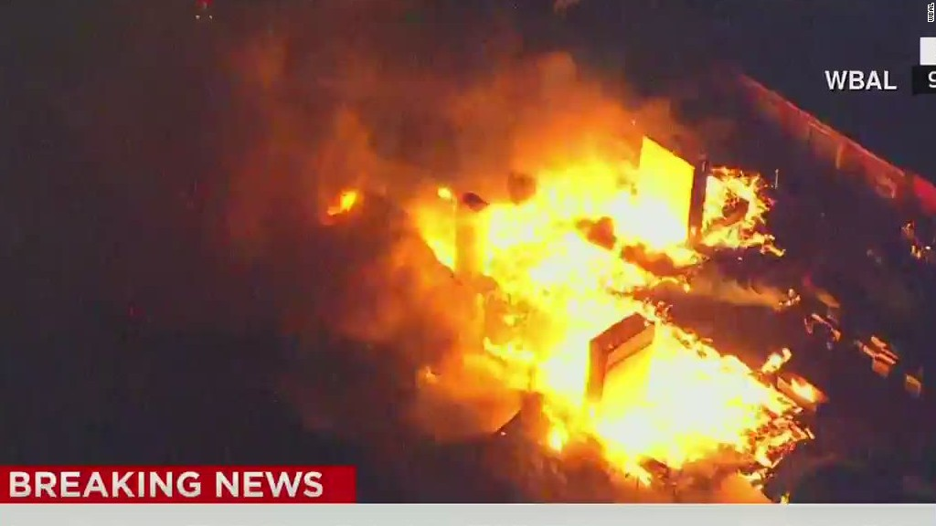 150427212739-ac-beeper-fire-baltimore-riot-00000216-tablet-large